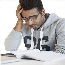 تعیین میزان افسردگی در دانشجویان خوابگاهی و غیرخوابگاهی و تاثیر آن بر پیشرفت تحصیلی